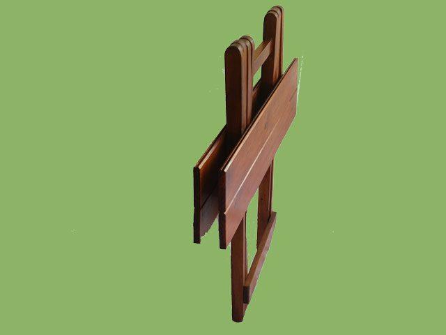 Kiaatkleur-Tv-Skinkbord-Tafel-opgevou.jpg